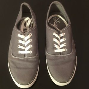 American Eagle Outfitters grey sneakers